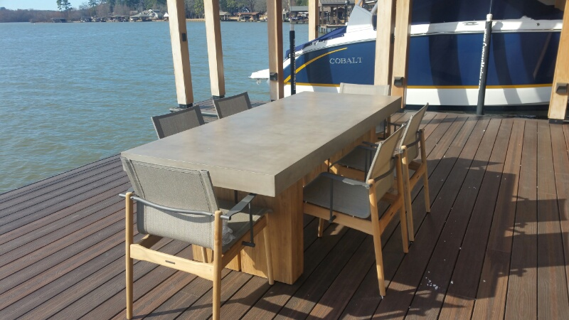 Gloster Dining Table & Chairs